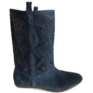 Decree Blue Suede Boots Sz 8.5 Perforated Shaft